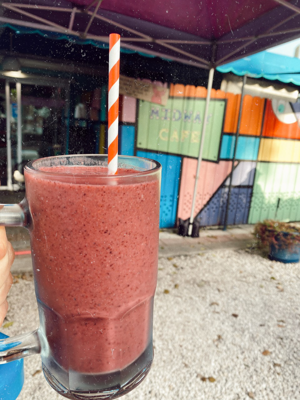 Fresh fruit smoothie at Midway Cafe in Islamorada