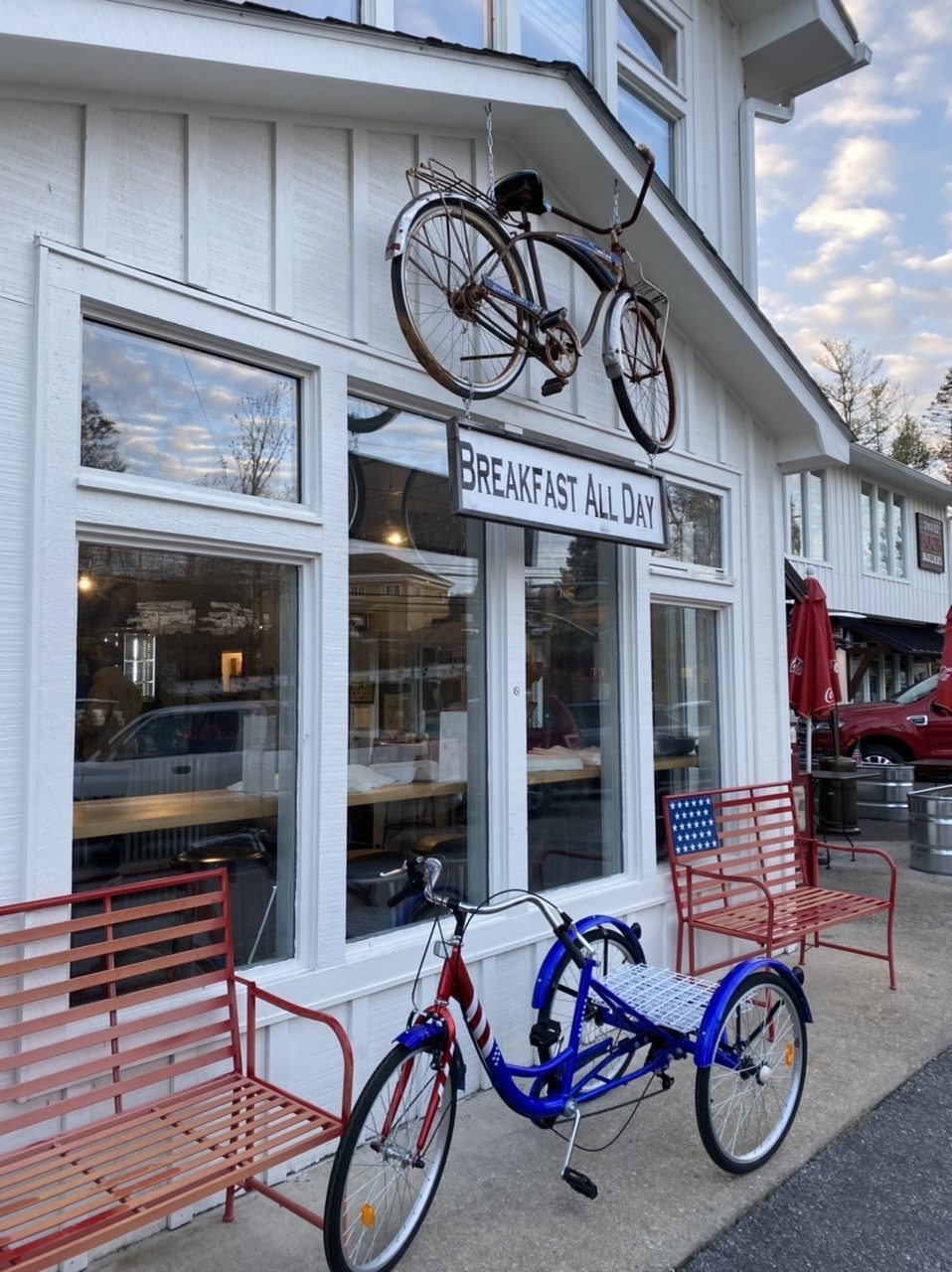 Blue Bicycle Cafe for take out breakfast on the way downtown