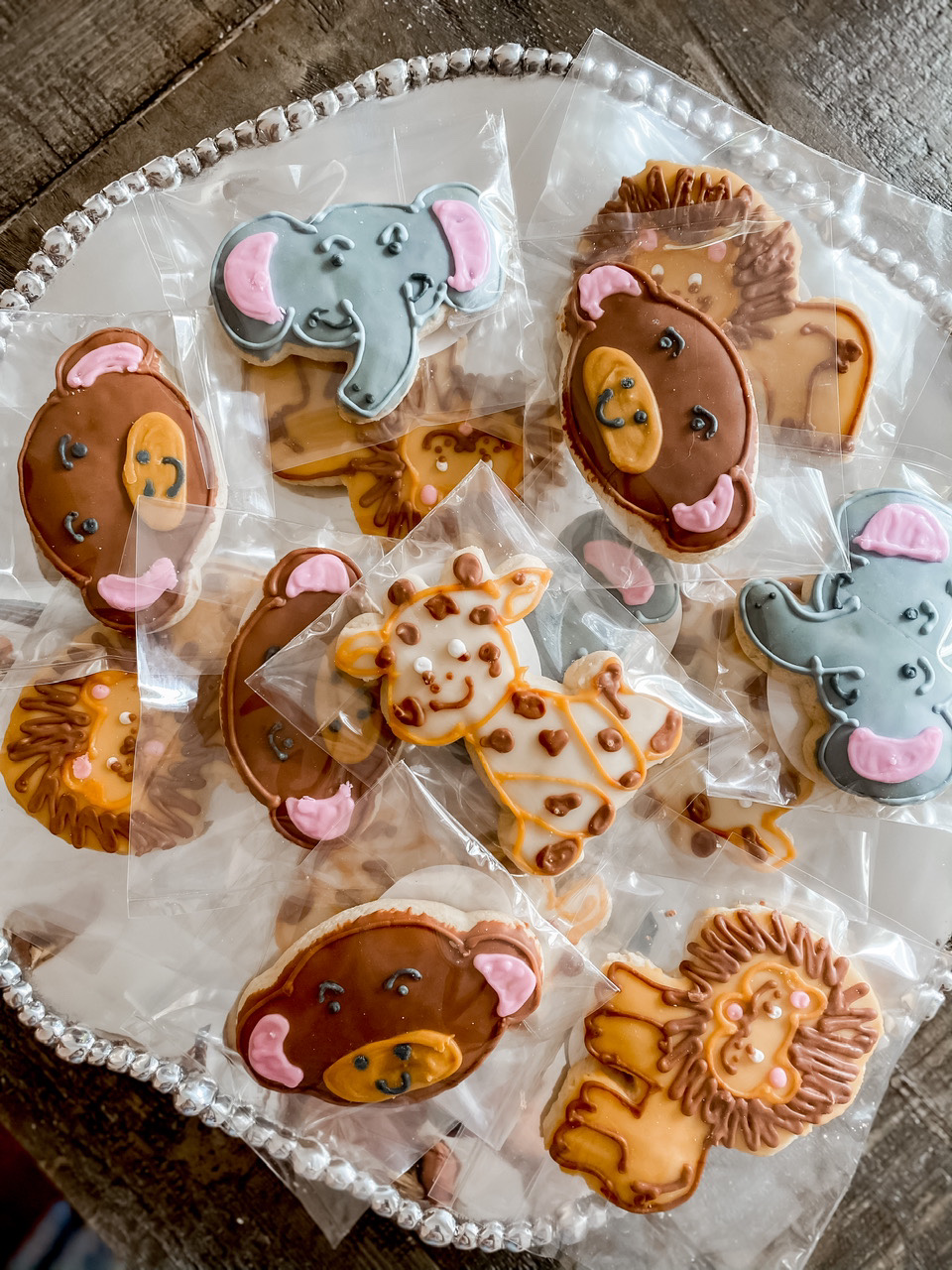 baby shower cookies safari themed for baby shower!